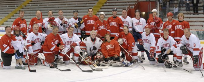 Group photo after alumni skate